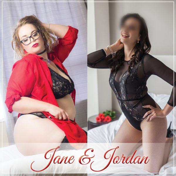 Jane Summers and Jordan Quinn offering genuine bi doubles
